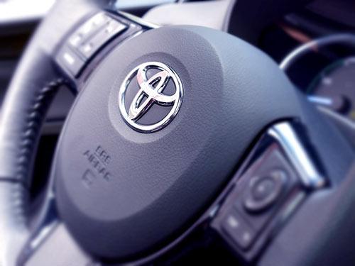 kierownica Toyoty